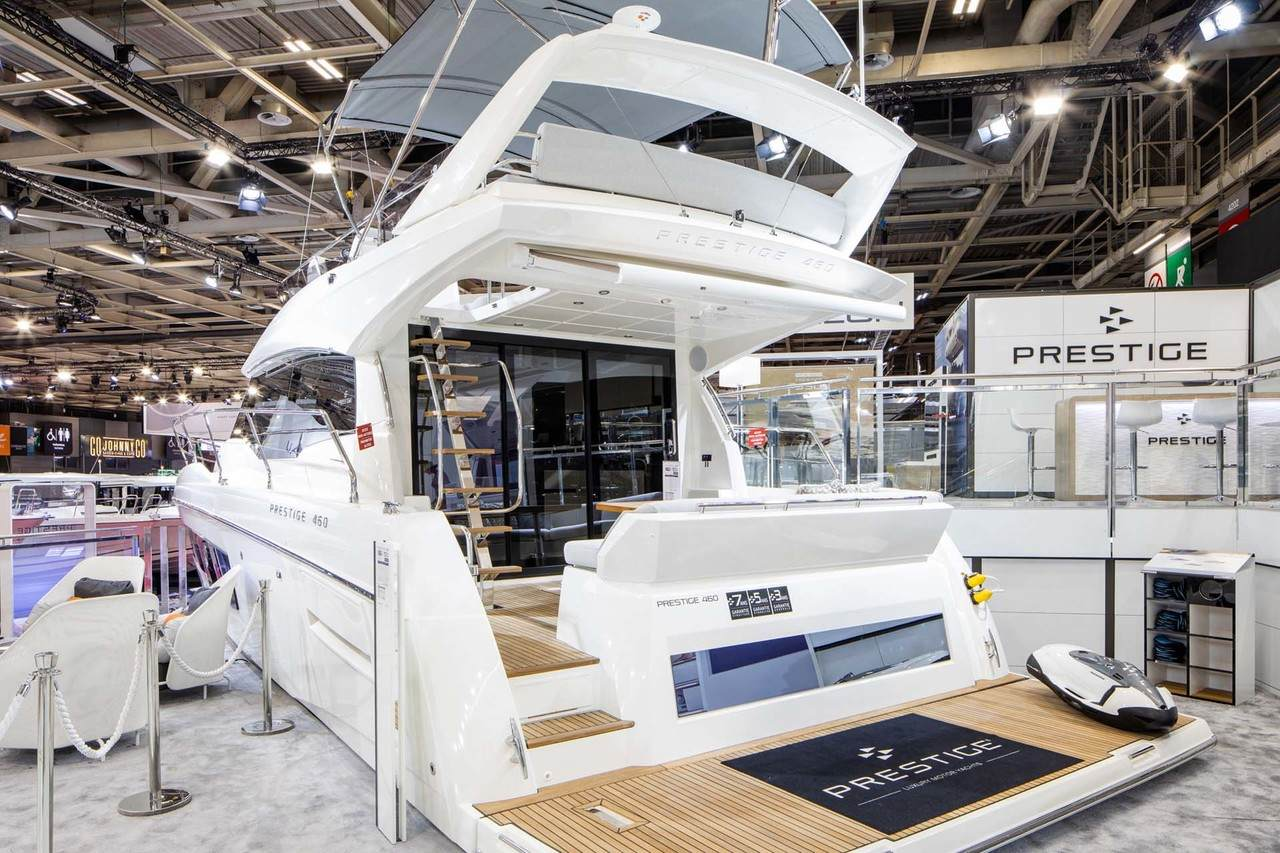 Prestige at Paris Boat Show 3