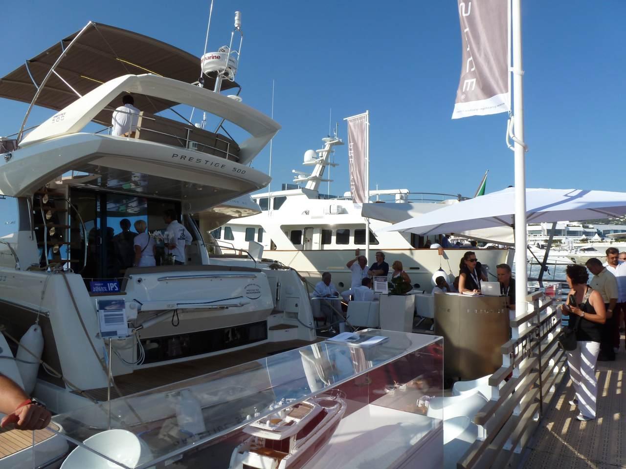 Prestige in Festival de la Plaisance in Cannes 4