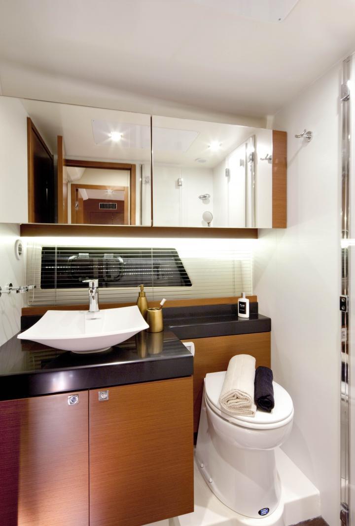 PRESTIGE 500 Interior 8
