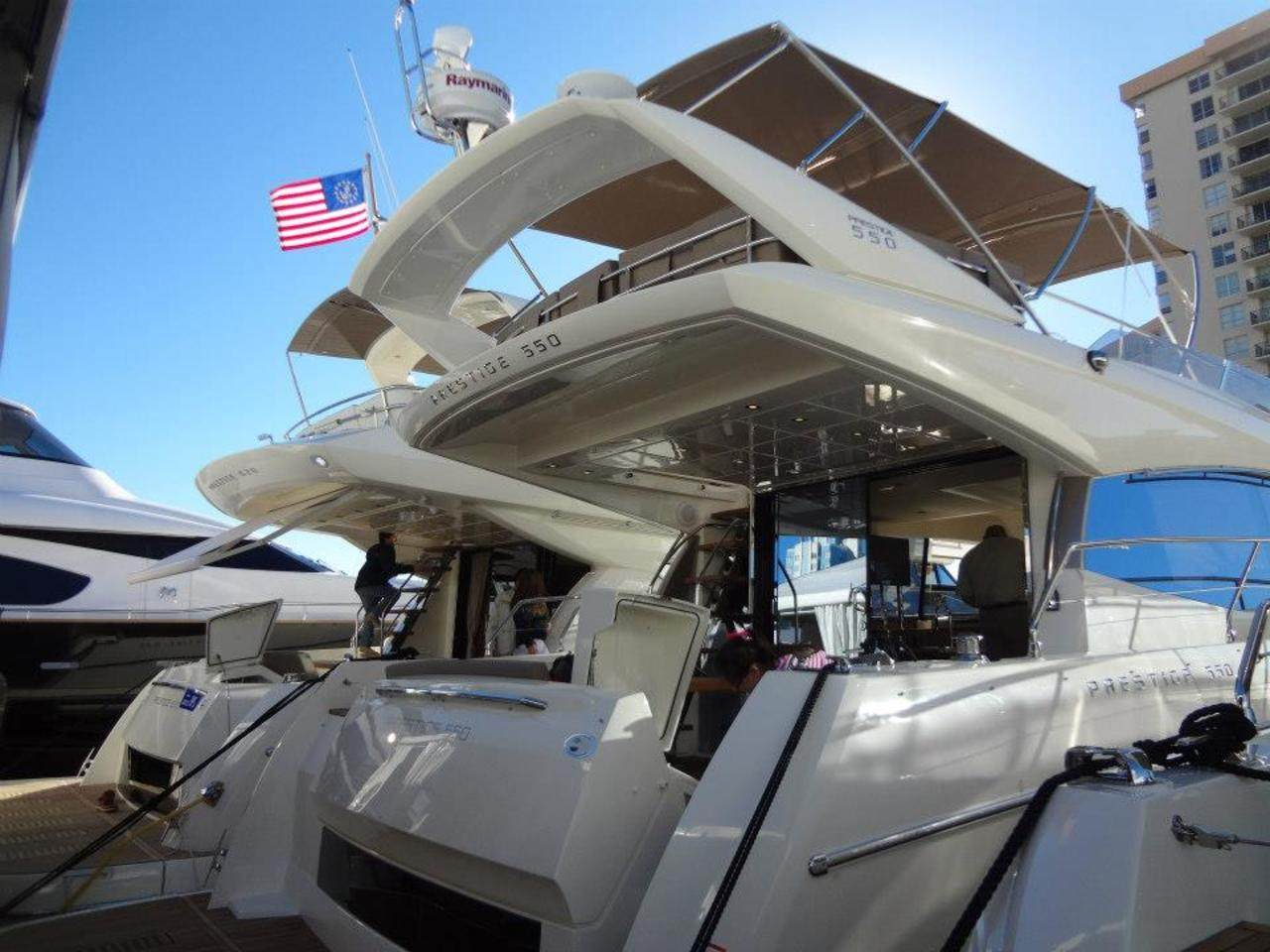 PRESTIGE in Miami Boatshow 2013 4