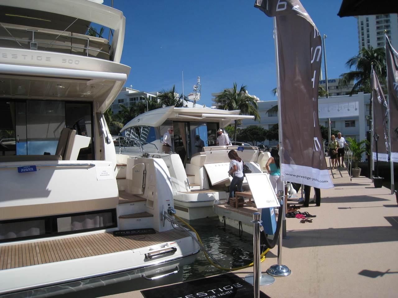 Prestige in Miami boatshow 1