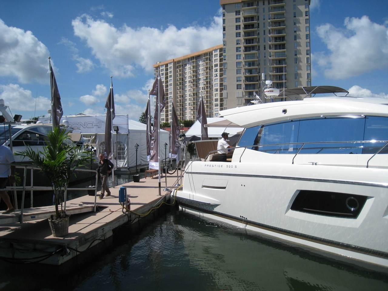 Prestige in Miami boatshow 3