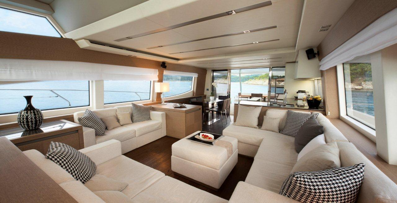 TWO AWARDS FOR THE PRESTIGE 750 AT THE PRESTIGIOUS 2014 WORLD YACHTS TROPHIES 3