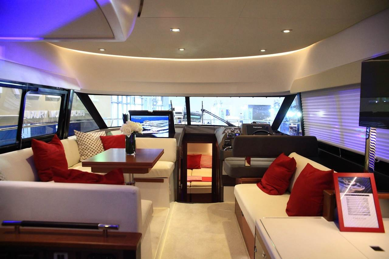 Spotlight on the PRESTIGE 450 at Shanghai Boat Show 2014 1