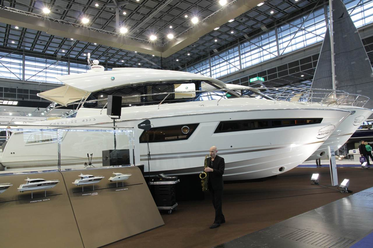 All-New PRESTIGE 450 S and 550 S Make World Debut 4