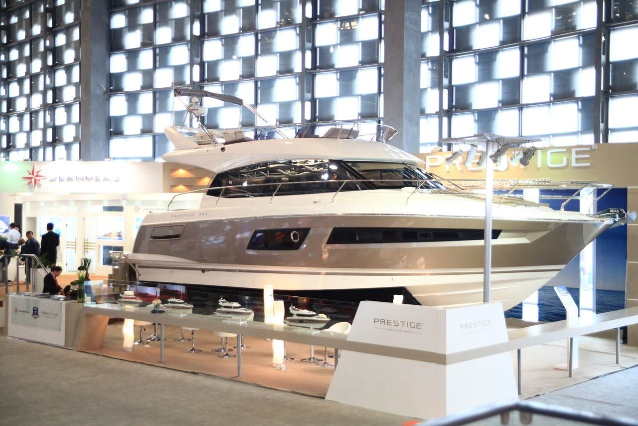 Spotlight on the PRESTIGE 450 at Shanghai Boat Show 2014 6