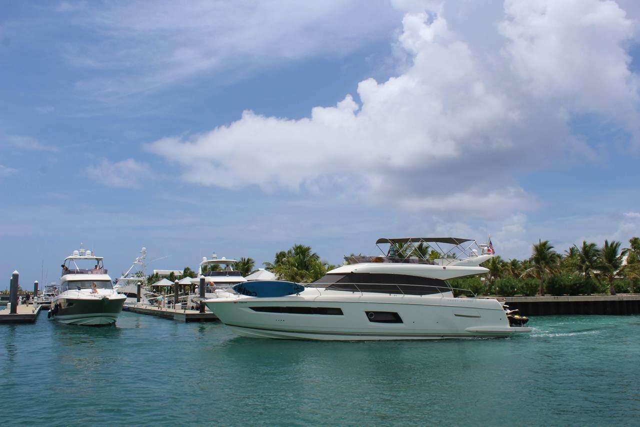 Prestige Yachts Escapade to Eleuthera with InterMarine 20