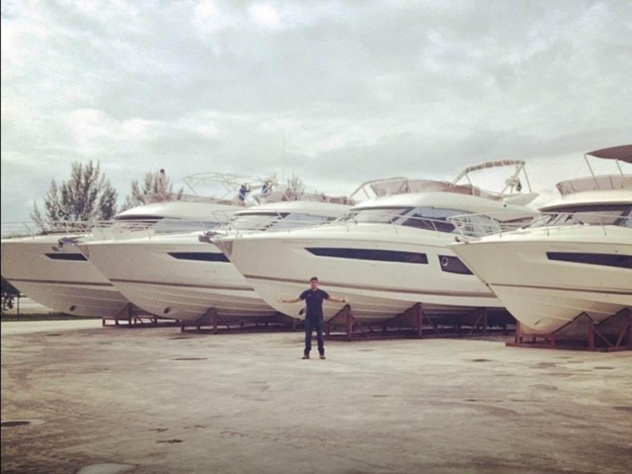 Prestige at the Rio Boat Show 4