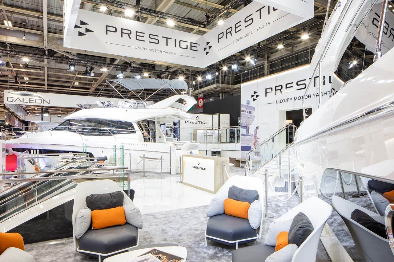Prestige at Paris Boat Show 6
