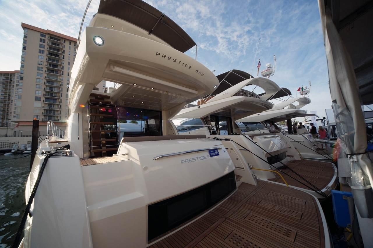 PRESTIGE in Miami Boatshow 2013 3