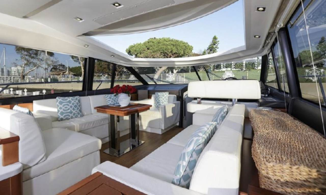 "Living Large Aboard ""CALIFRENCHIES"", a Prestige 500S 4"