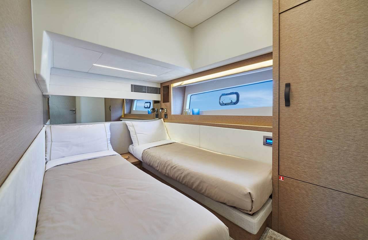 Guest cabin 22