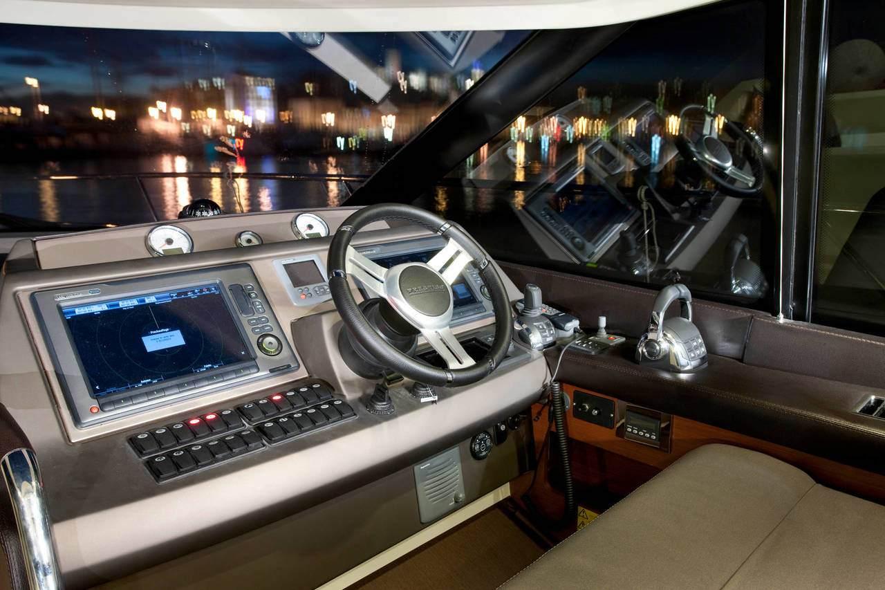PRESTIGE 500S Interior 12