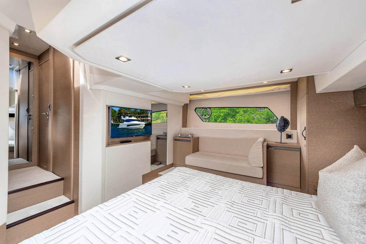 PRESTIGE 460 S Interior 7