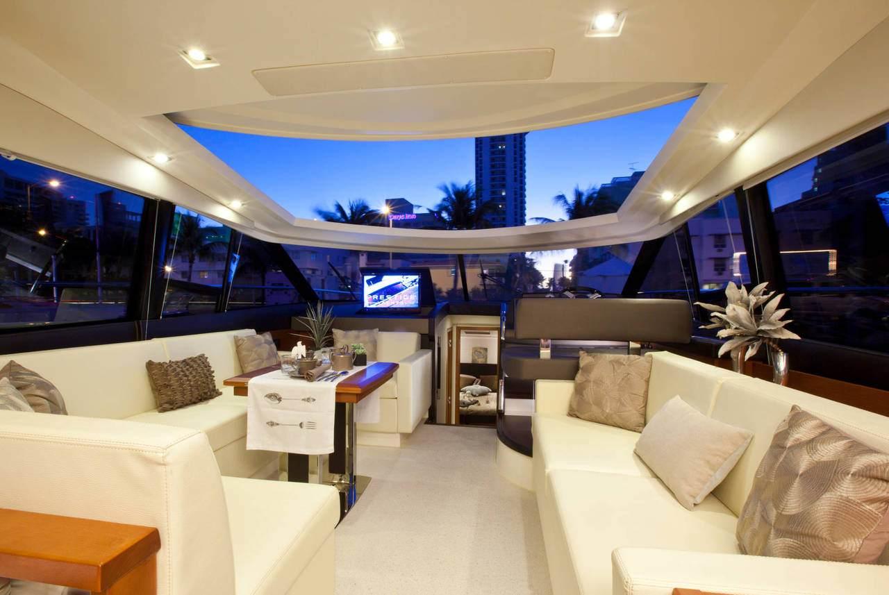 PRESTIGE 500S Interior 23